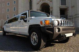 Hummer Limousine Bianca