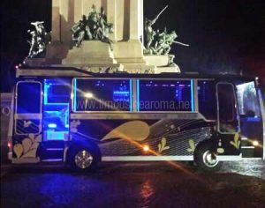 Bus 16 Posti Roma Feste