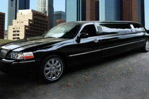 Limousine Lincoln Nera