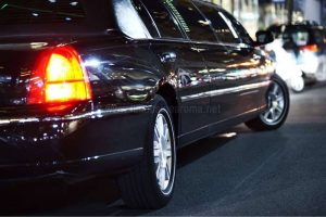 Foto Limousine Lincoln Nera Roma